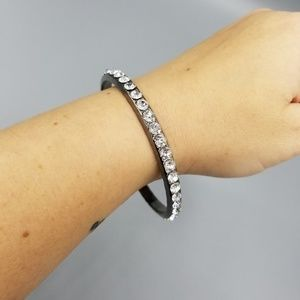 Jewelry - Rhinestone bangle bracelet